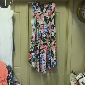 Very beautiful and comfortable both strapless and